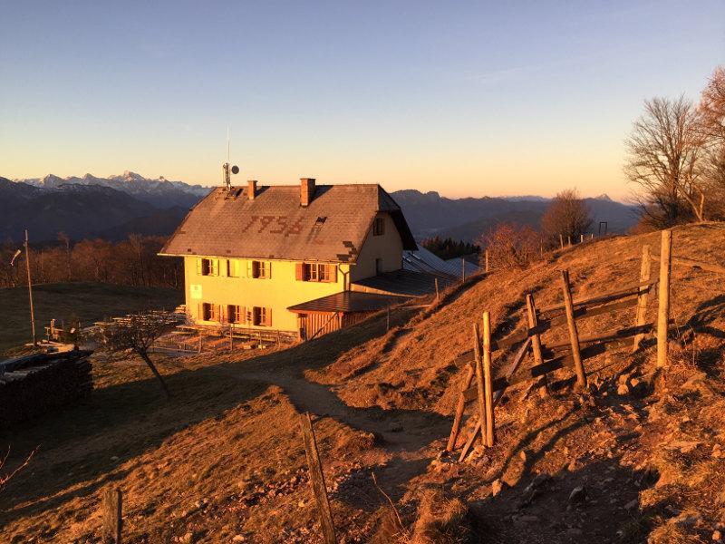goodblog - Mein Hausberg: Der Schoberstein - Schobersteinhaus Sonnenaufgang