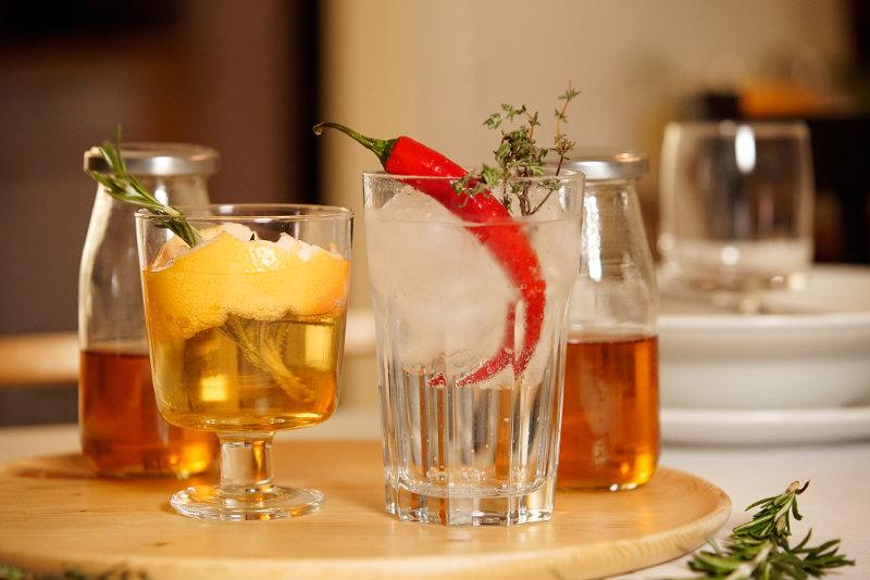 goodblog: Unverschwendet - Rosmarin Sirup und Gin