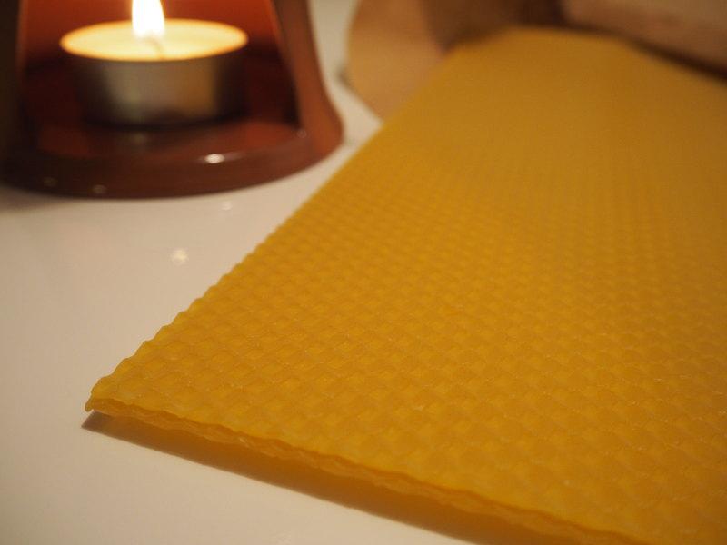 goodblog in der NEUEN: Wild werden - Pechsalbe selbermachen - Bienenwachs