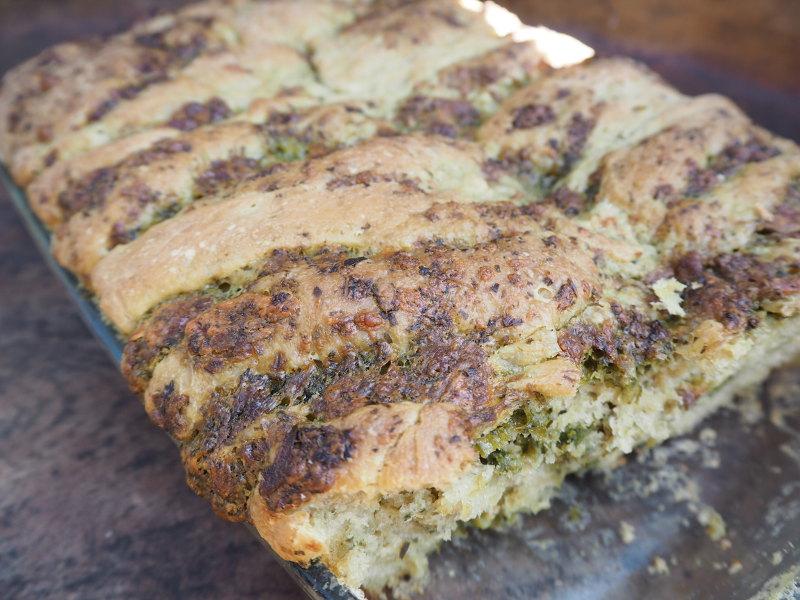 goodblog Wild Werden: Grünes Brot backen