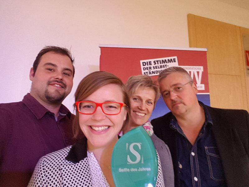 goodblog: Unternehmerin des Jahres beim Selfie Unternehmenspreis - Familienselfie