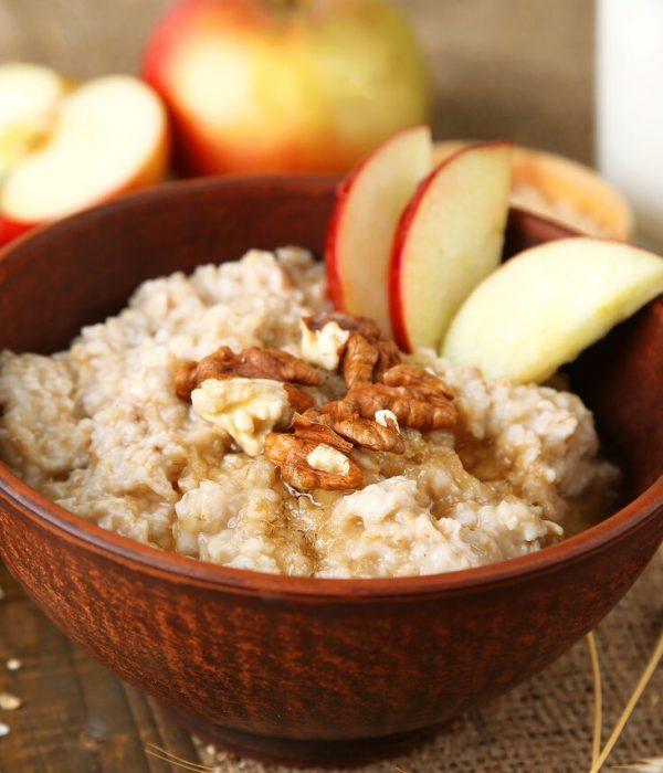 goodblog mit der TCM-Ernährungsberatung Apfelbaum: Warmes Frühstück - Haferflocken-Energiefrühstück (c) lilechka75/fotolia