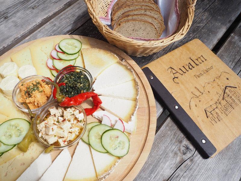 goodblog im Großarltal: Almkräuter & Kameratest - Almkäse auf der Aualm