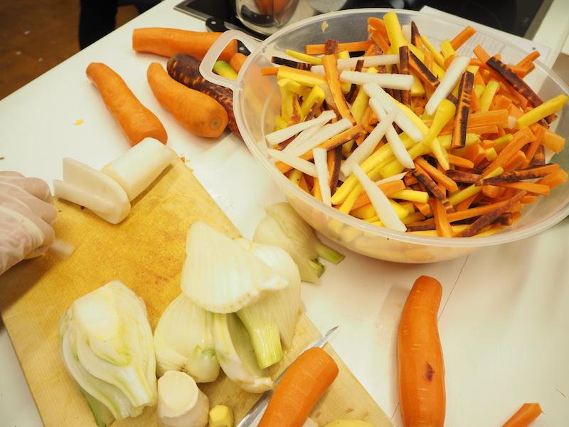 goodblog in der NEUEN Vorarlberger Tageszeitung: Gemüse fermentieren - Gemüsesticks