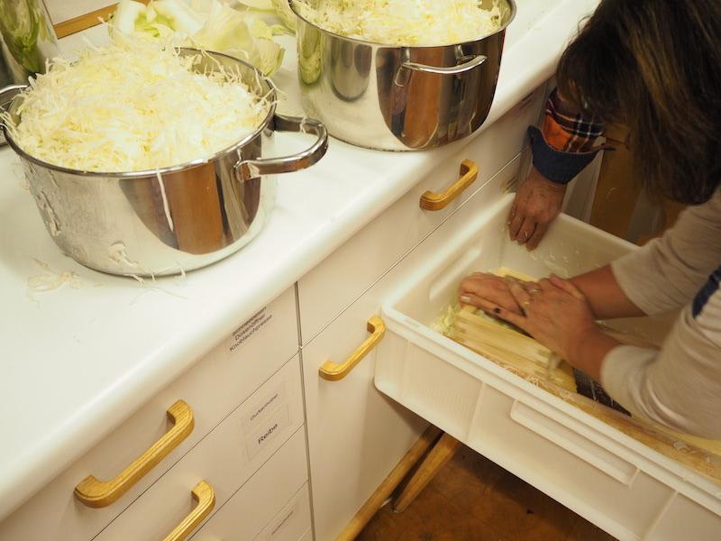 goodblog in der NEUEN Vorarlberger Tageszeitung: Gemüse fermentieren - Sauerkraut