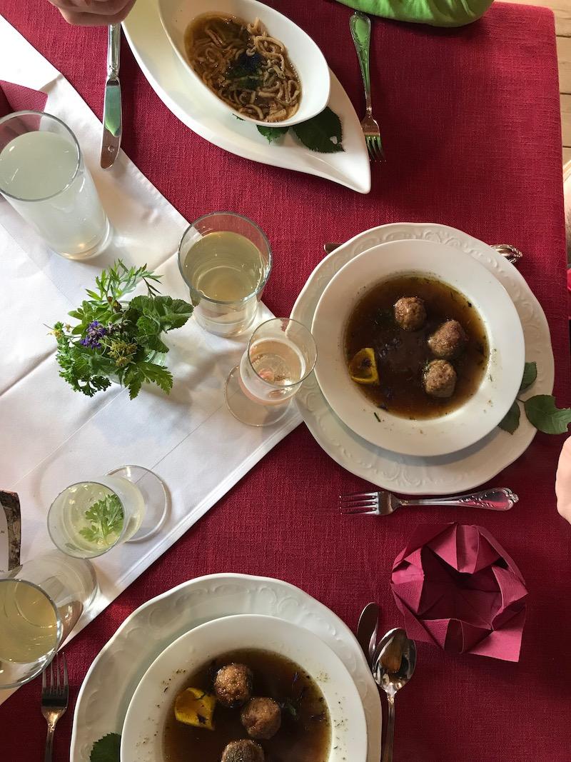 goodblog in Osttirol: Kräuterwirtshaus Strumerhof - Frittatensuppe