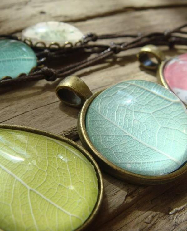 goodblog: Pflanzenschmuck vom Steinbienchen