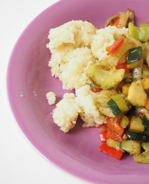 Kokosreis mit Gemüse und Bärlauchpesto